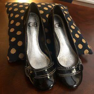 Gianna Bini Black Wedge Patent Shoes